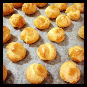 Seventh Day of Xmas: PuffyProfiteroles