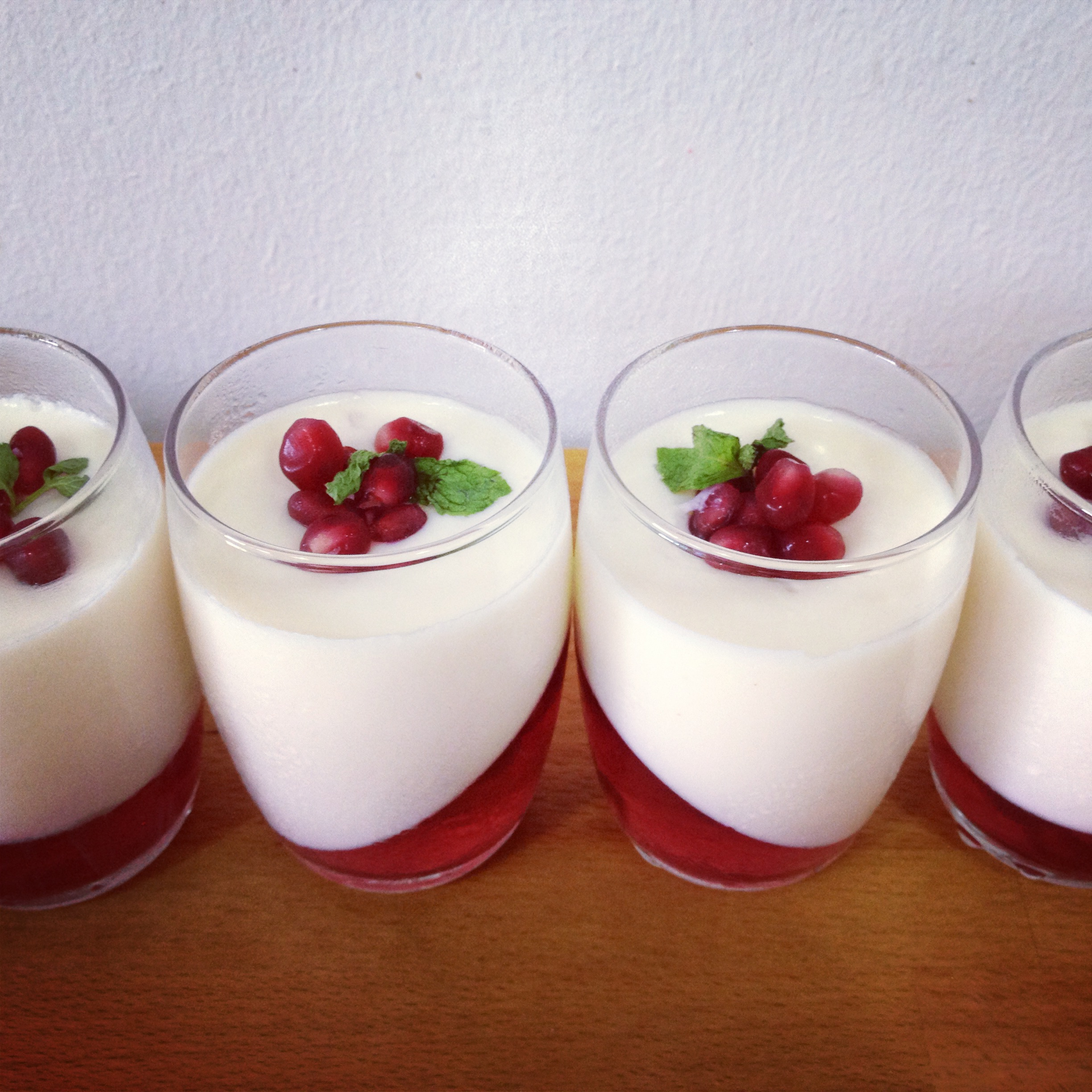 cny inspired recipe 3 lychee panna cotta with pomegranate jelly fait maison. Black Bedroom Furniture Sets. Home Design Ideas