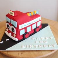 Custom 3D 'Wheels on the Bus' Cake