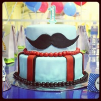 Custom-design 'Moustache' Cake