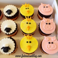 Custom-Design Animal Farm Cupcakes