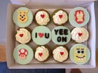 Custom-design 'Cartoon' Cupcake set