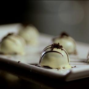 Oreo Cheesecake Truffles